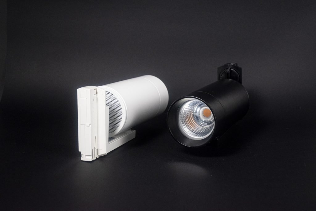 VIO Chaser smart track light in white and black which can be individually controlled