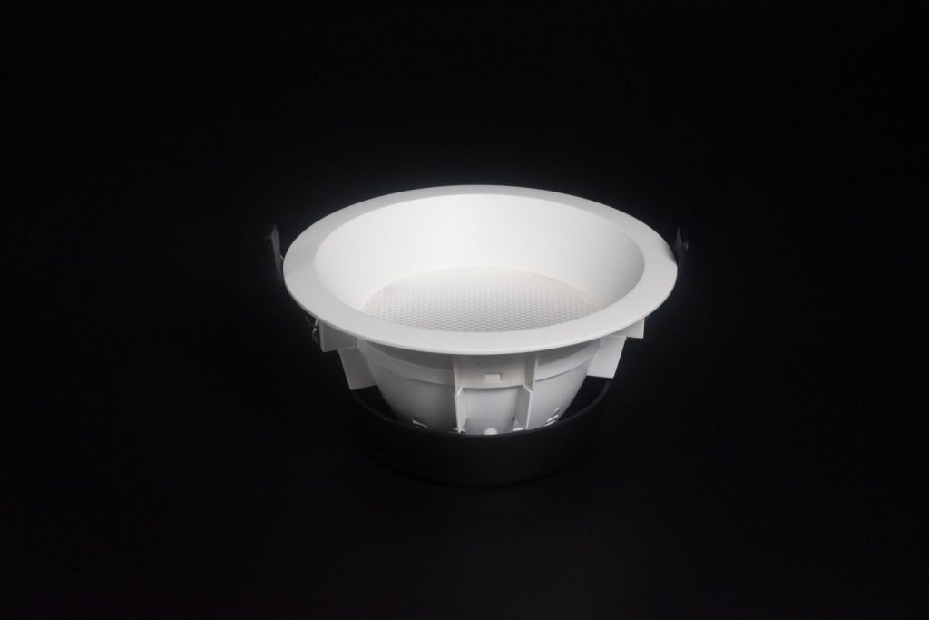 Side view of Elon smart recessed ceiling downlight featuring high quality SABIC plastic body which enhances durability