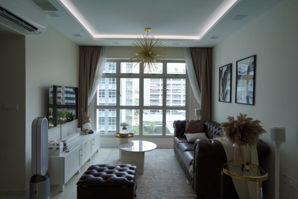 Jvzlynn's living room fitted with VIO Colourplay Halcyon LED strips